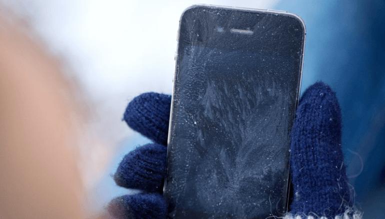айфон вырубается на холоде